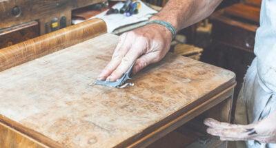 Restaurer des meubles en bois