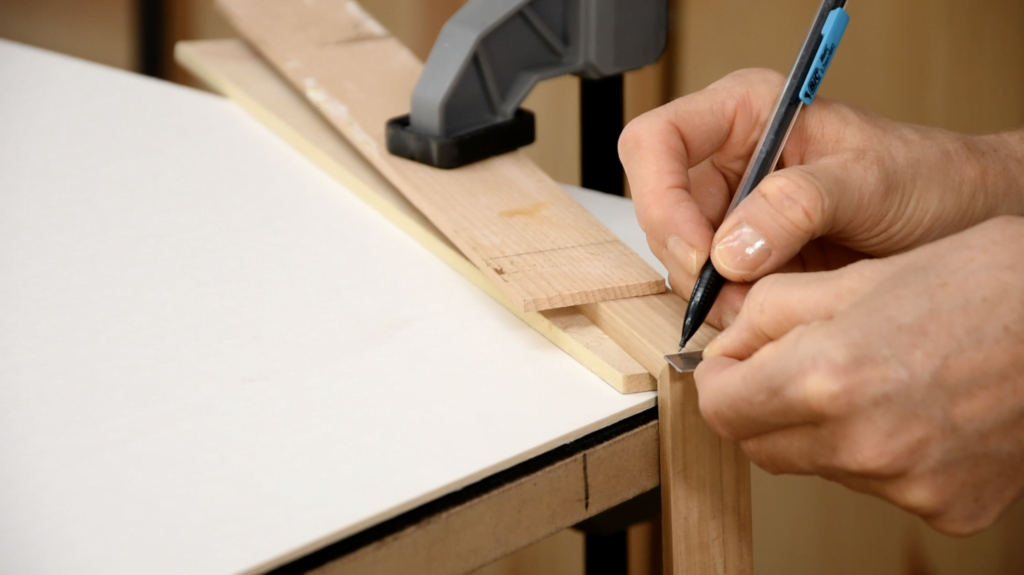 Apprendre l'encadrement - Renforcer un cadre en bois